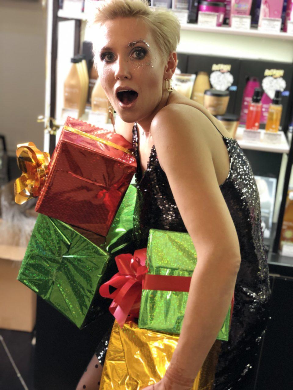 Что подарить на Новый год? 2020 будет счастливым с подарочным сертификатом в салон красоты Персона